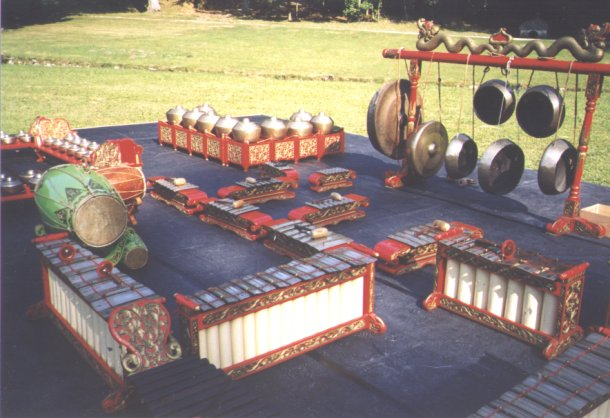 gamelan javanais de l'Ambassade d'Indonésie à Paris